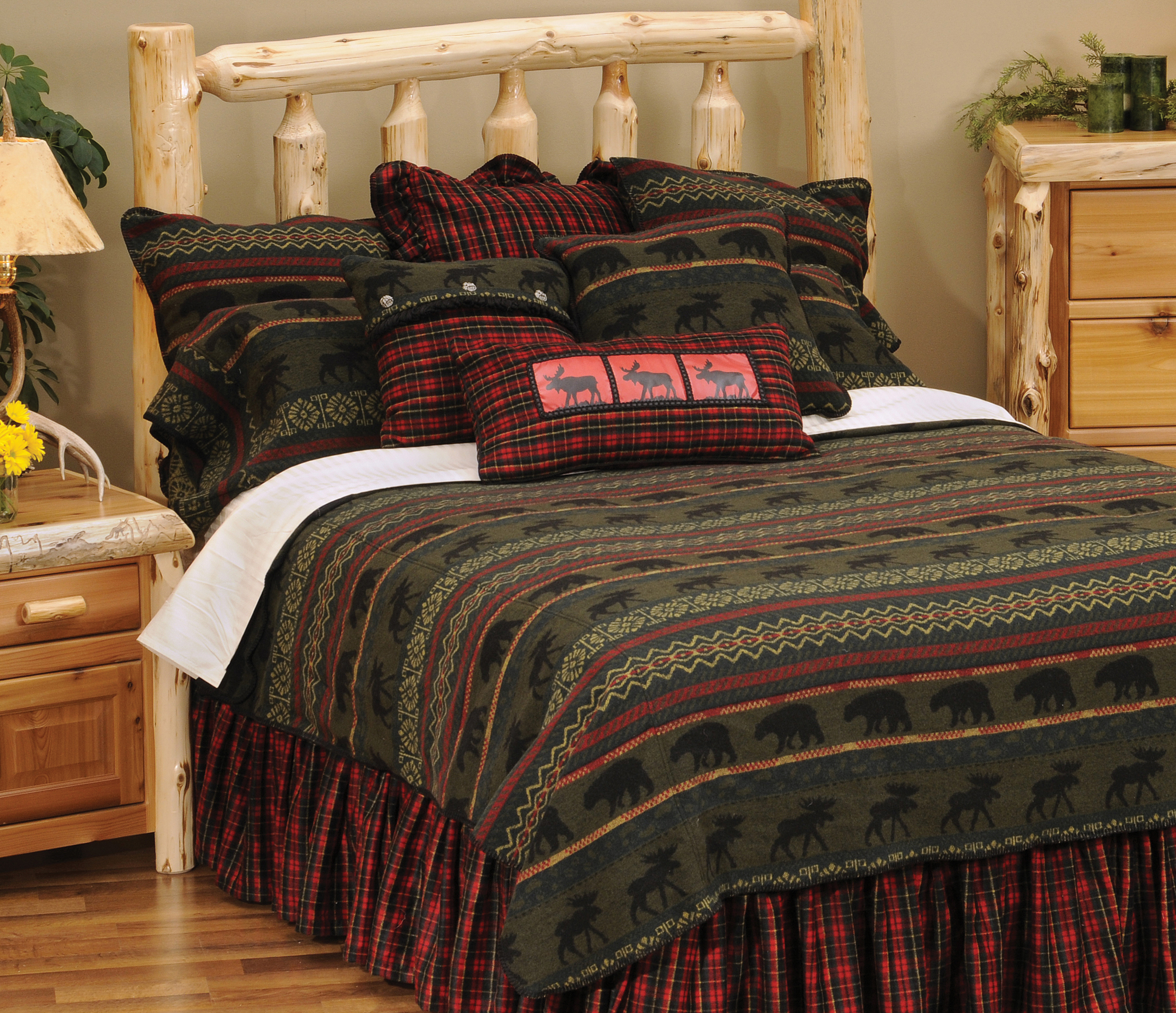 Rustic cabin furnishings luxury bedding - Bedding and curtains for bedrooms ...
