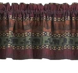 Mountain Bear Valance
