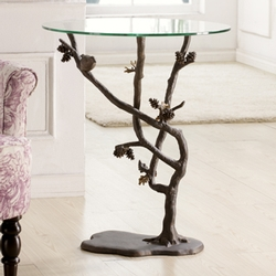 Birds & Pinecones Table