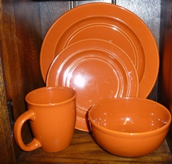 Stoneware Dinner Set - Pumpkin Pie Orange - 16 piece