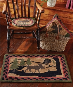 Moose Hooked Chair Pad