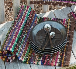 Soho Placemat with Taupe Napkin Set