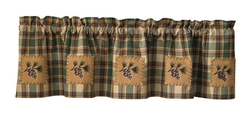Scotch Pine Lined Valance with Patch